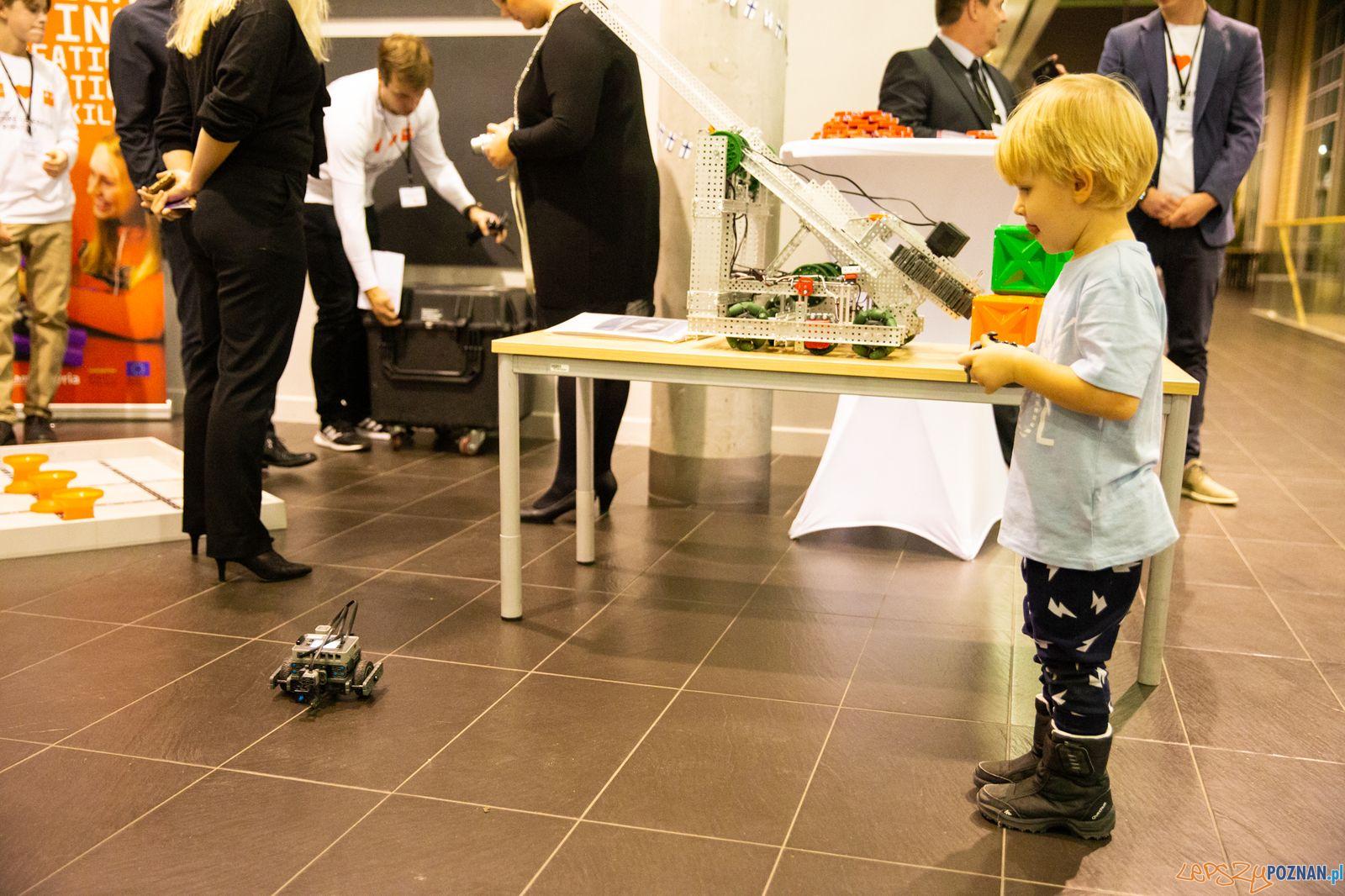 Roboty w Poznaniu (1)  Foto: Europejski Tydzień Robotyki - materiały prasowe