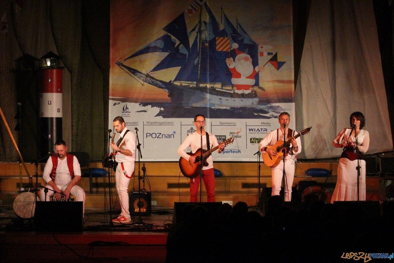koncert glowny - grupa trzymajaca ster  Foto: materiały prasowe