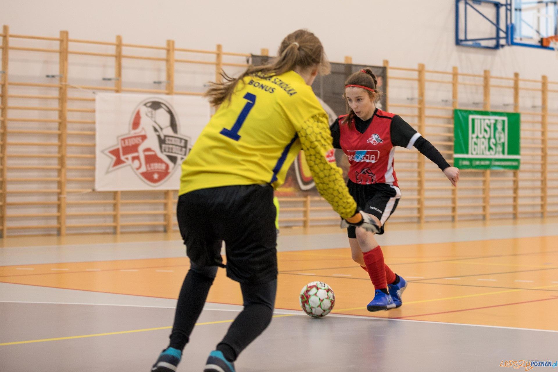 Piłka nożna dziewcząt (6)  Foto: Michał Kościelak / materiały prasowe