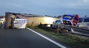 Wypadek na A2 - 29.09.2020  Foto: KM Policji w Poznaniu