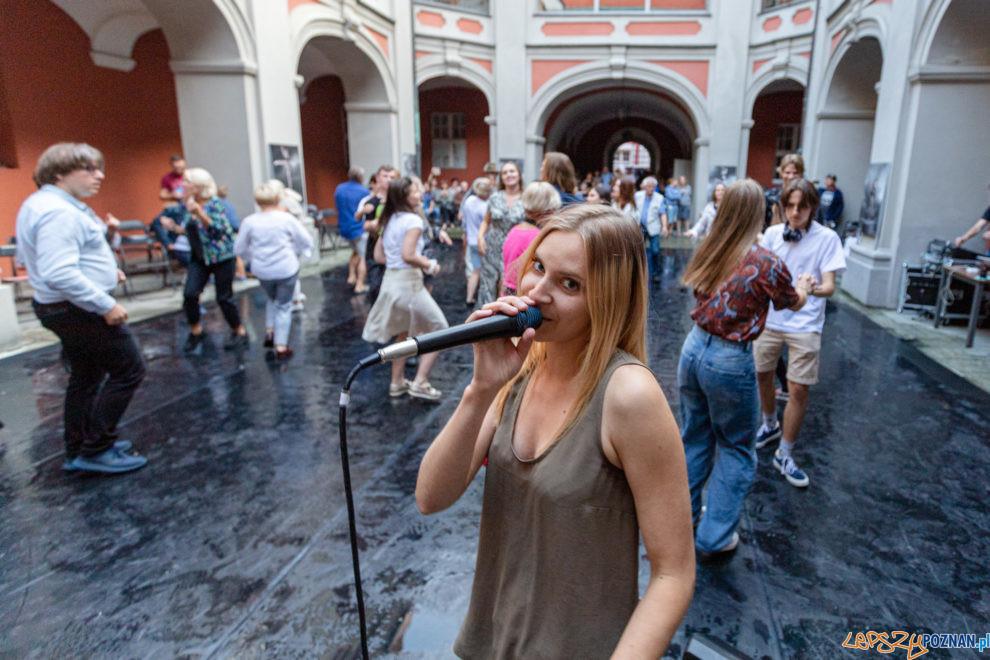 Poznańska Scena Młodych - Niebieska tancbuda  Foto: lepszyPOZNAN.pl/Piotr Rychter